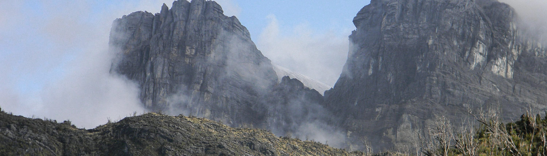 Wyprawa do Piramidy Carstensza
